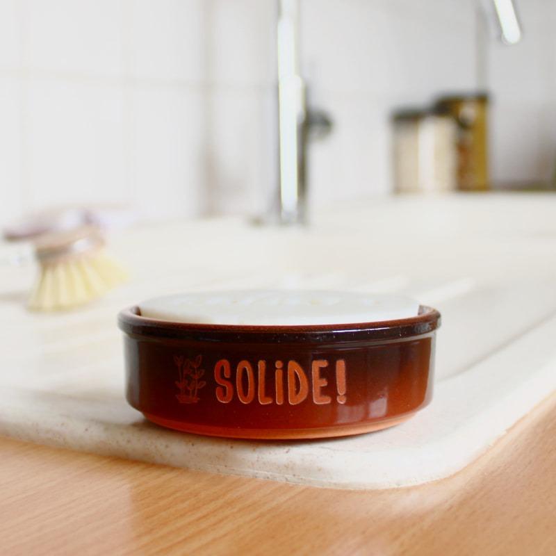 Solide ! vaisselle + support en céramique